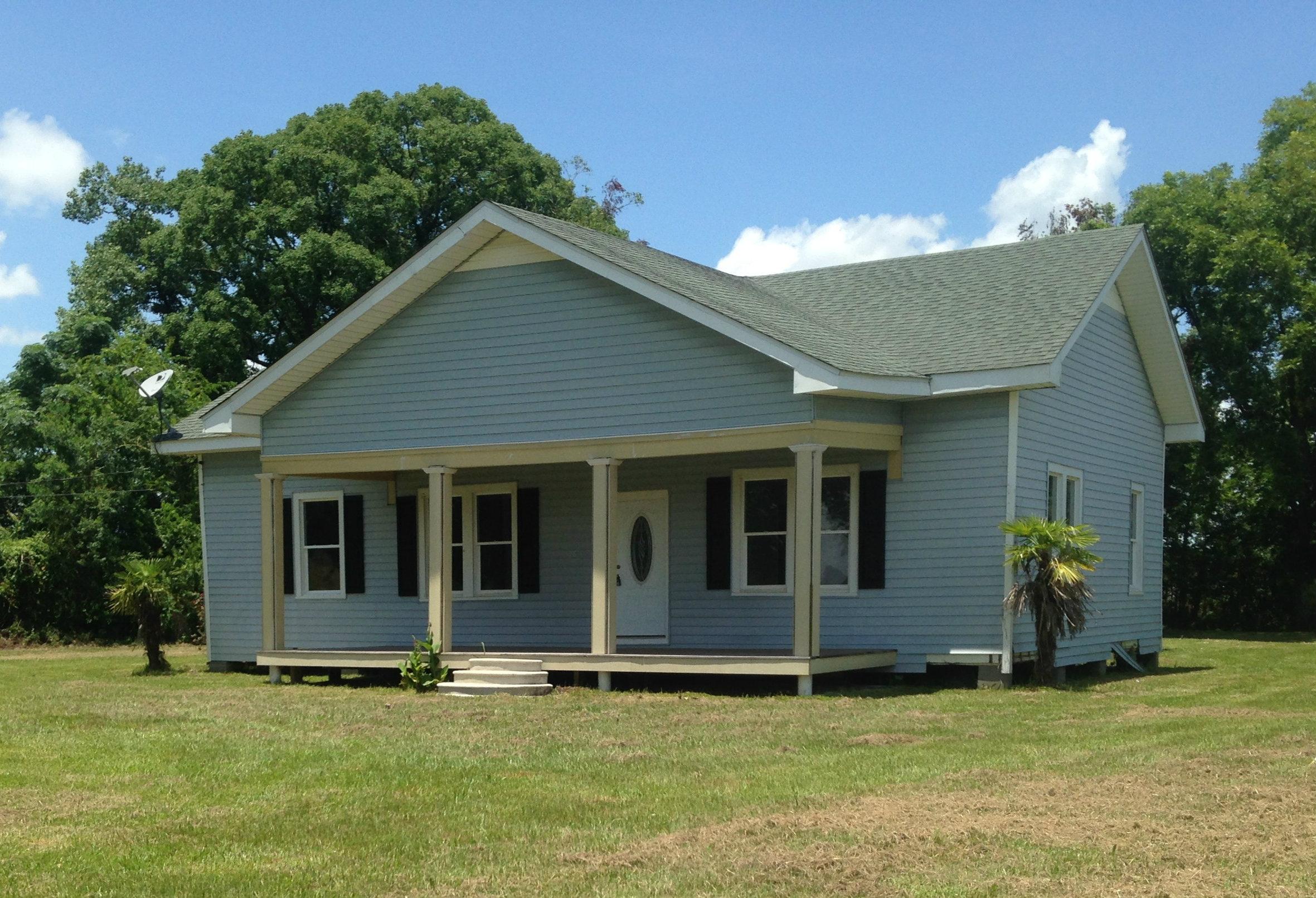 2814 W Willow St, Scott, Louisiana 70583