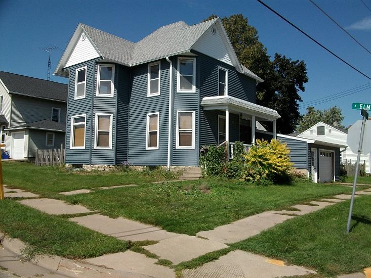 308 N. Monroe Street, Lancaster, Wisconsin 53813