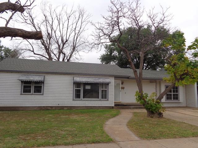 729 W Grover, Floydada, Texas 79235