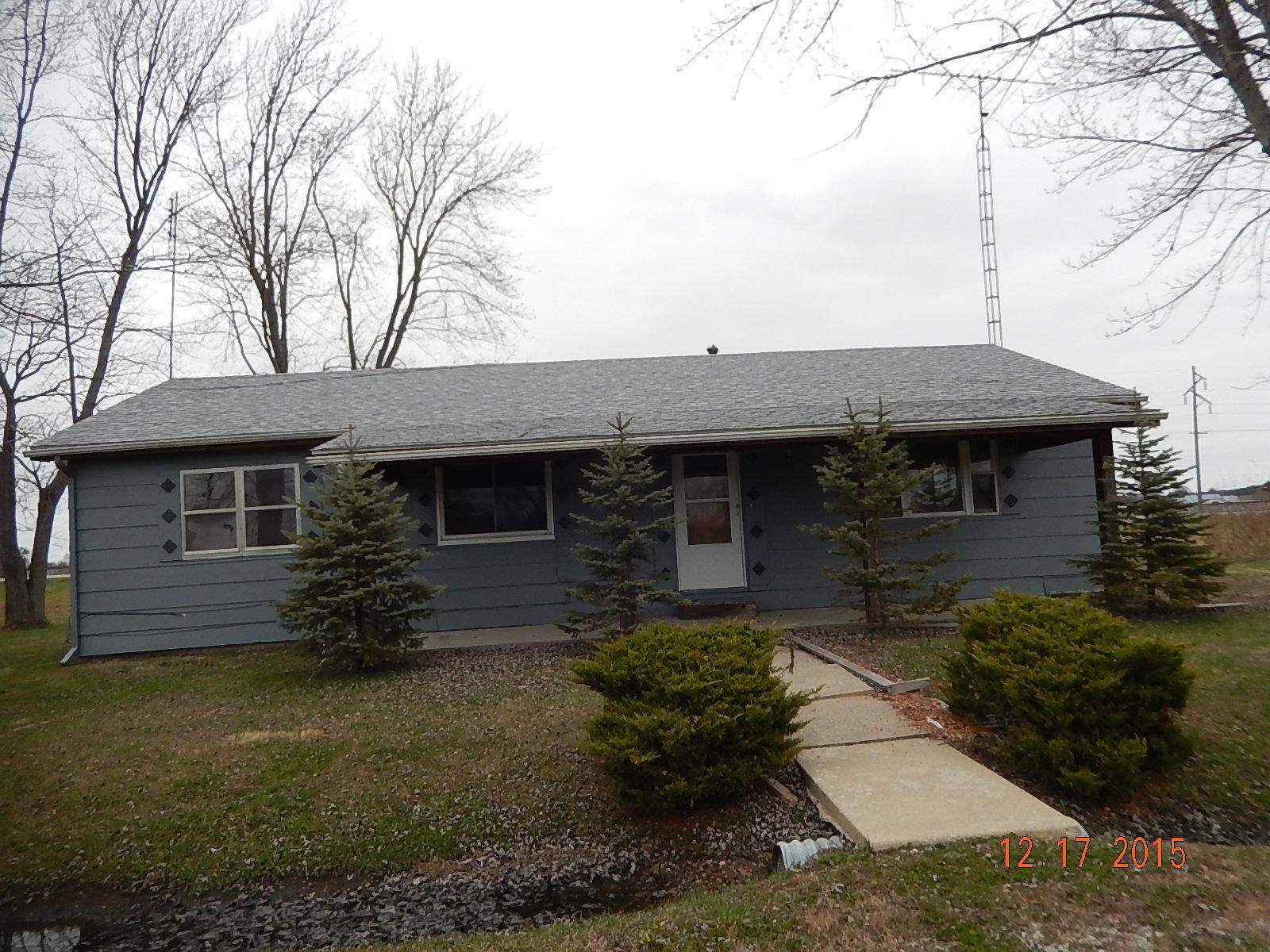 1826 Minnesota Ave, Mulberry Grove, Illinois 62262