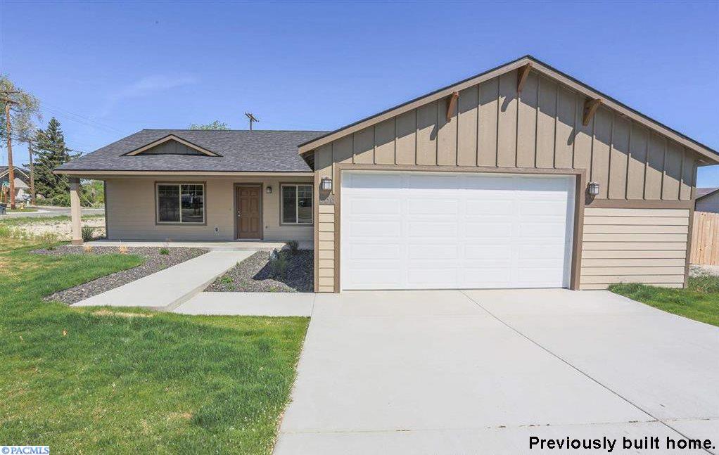 604 Botaka Ct., Benton City, Washington 99320