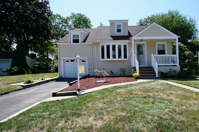 23 Winding Lane, Bloomfield, NJ 07003