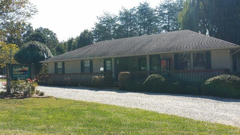 639 Golden Pond , Monticello, Kentucky 42633