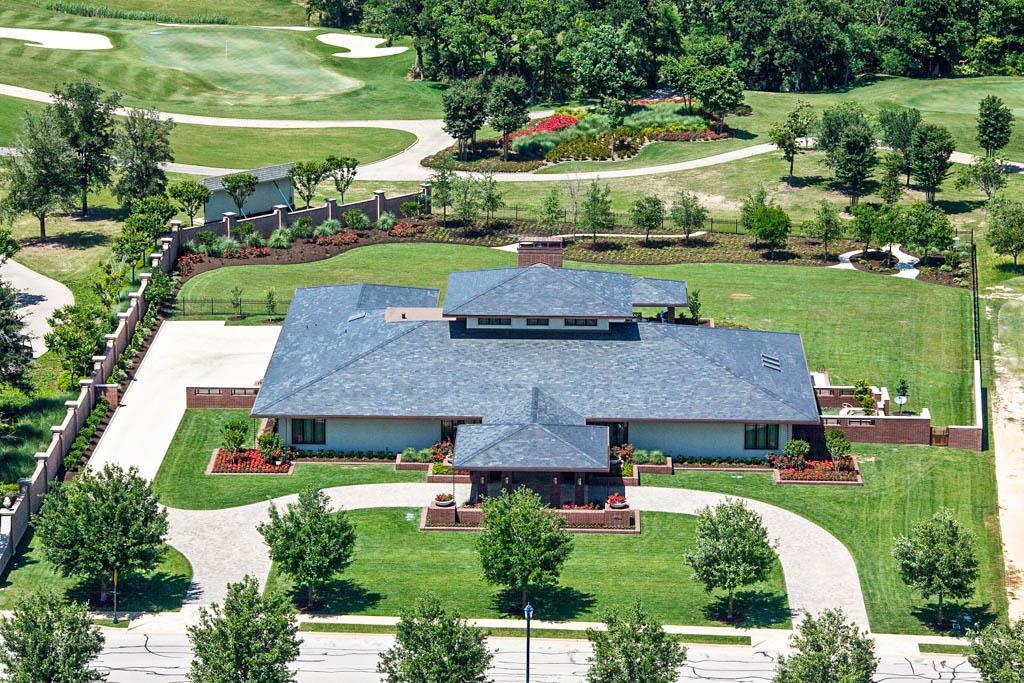 4720 NE Miramont Circle, Bryan, Texas 77802