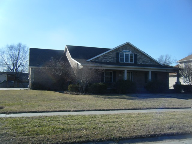 707 Lindenwood, Sikeston, Missouri 63801