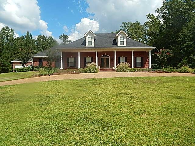 118 Herring Drive, Raymond, Mississippi 39154