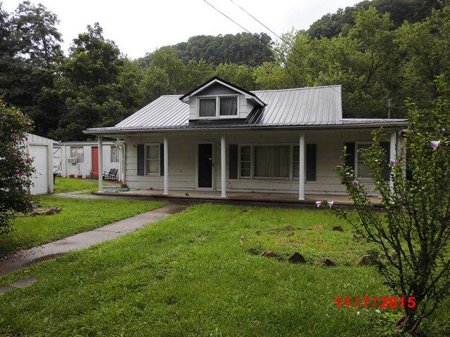 31 Scalf Road, Betsy Layne, Kentucky 41605