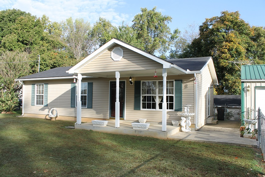 5854 Brooks Hill Rd., Brooks, Kentucky 40109