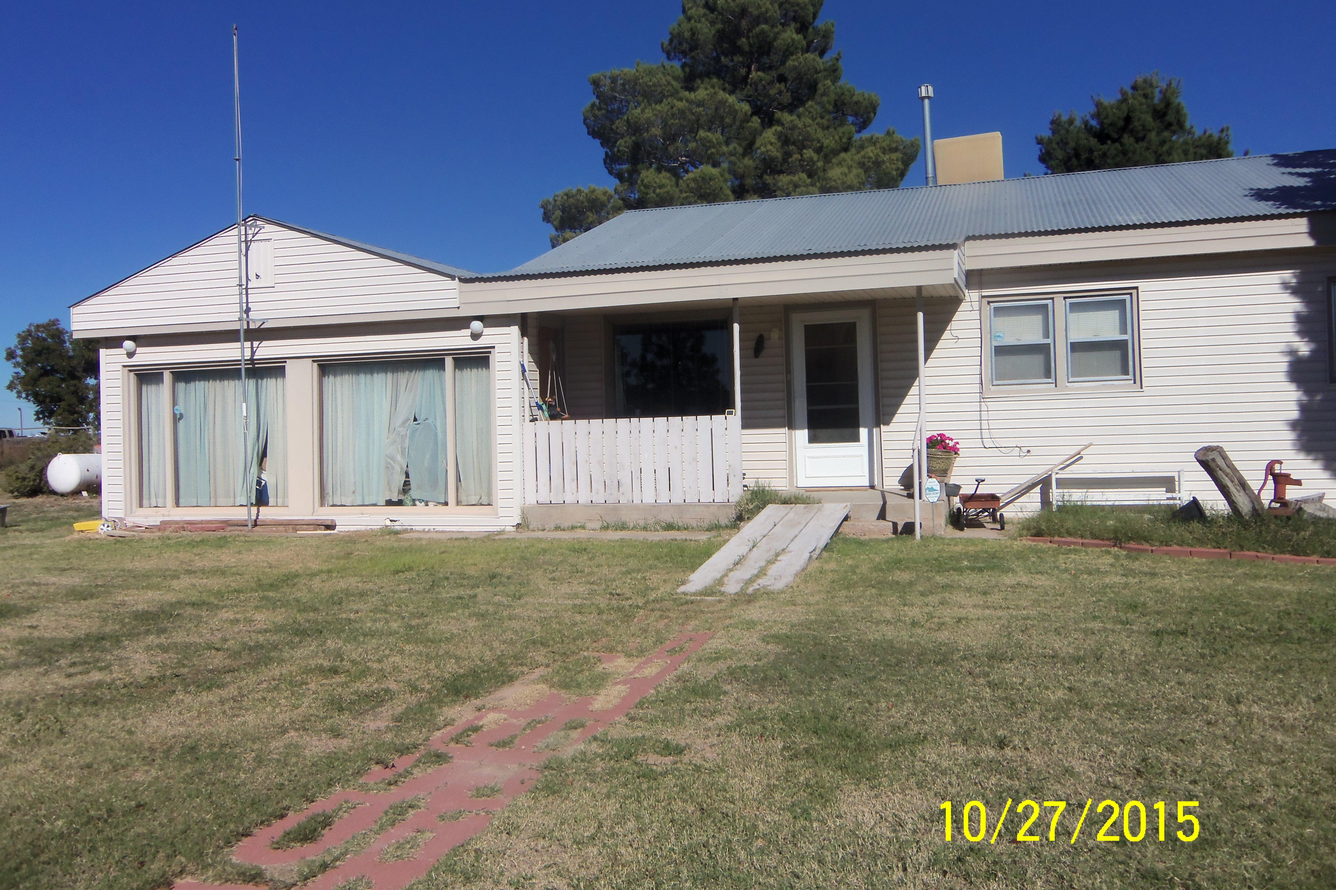 13 E. Darby, Dexter, New Mexico 88230