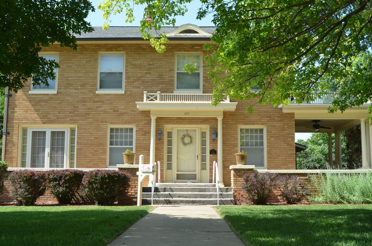 627 West 10th Street , Concordia, Kansas 66901