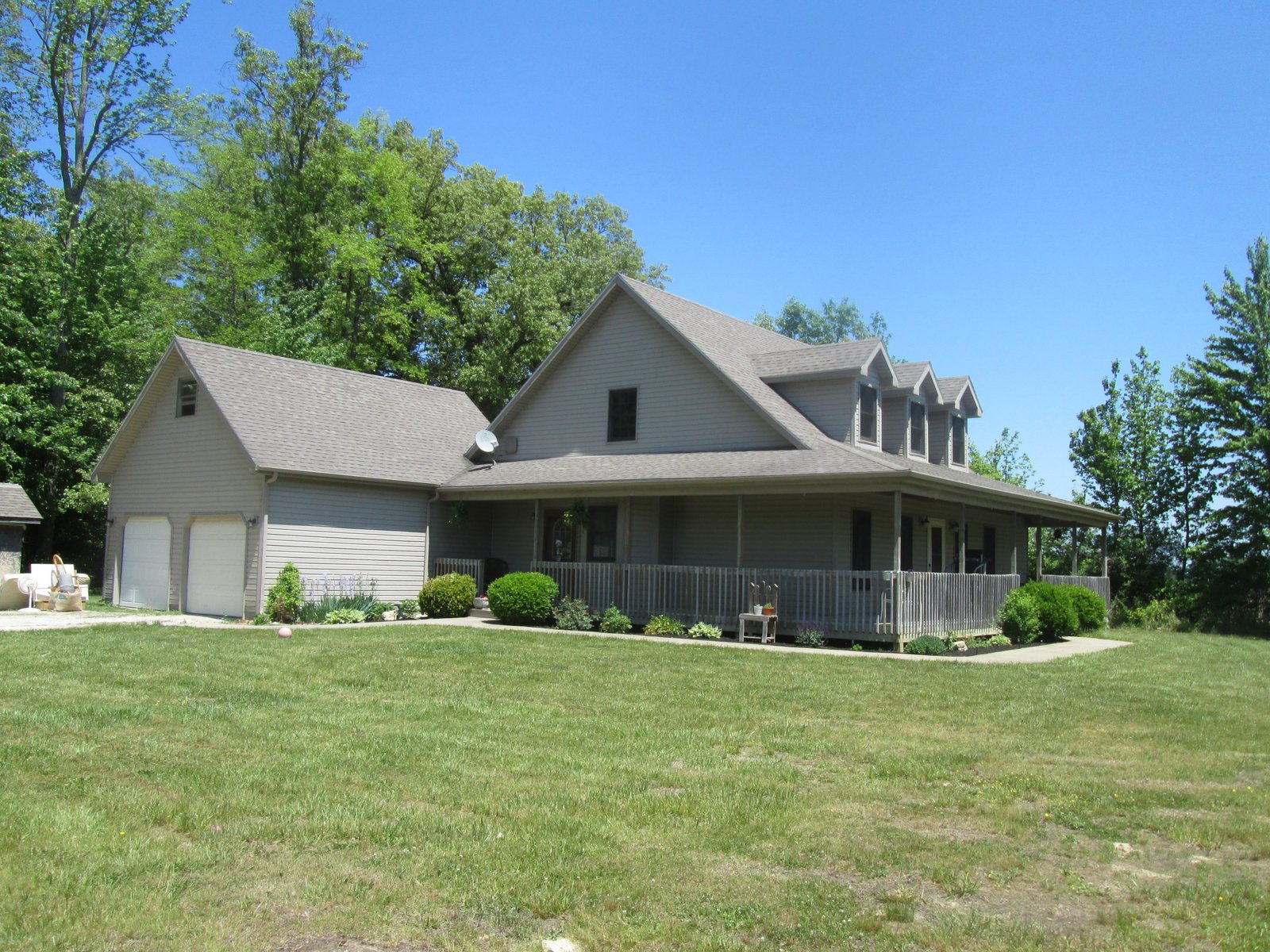 5689 W. Greenbriar Rd., Hanover, Indiana 47243