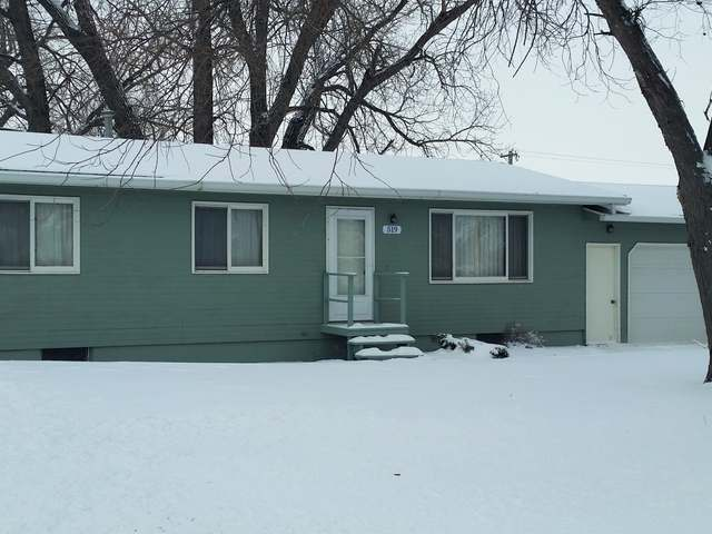 519 1st Ave NW, Steele, ND 58482