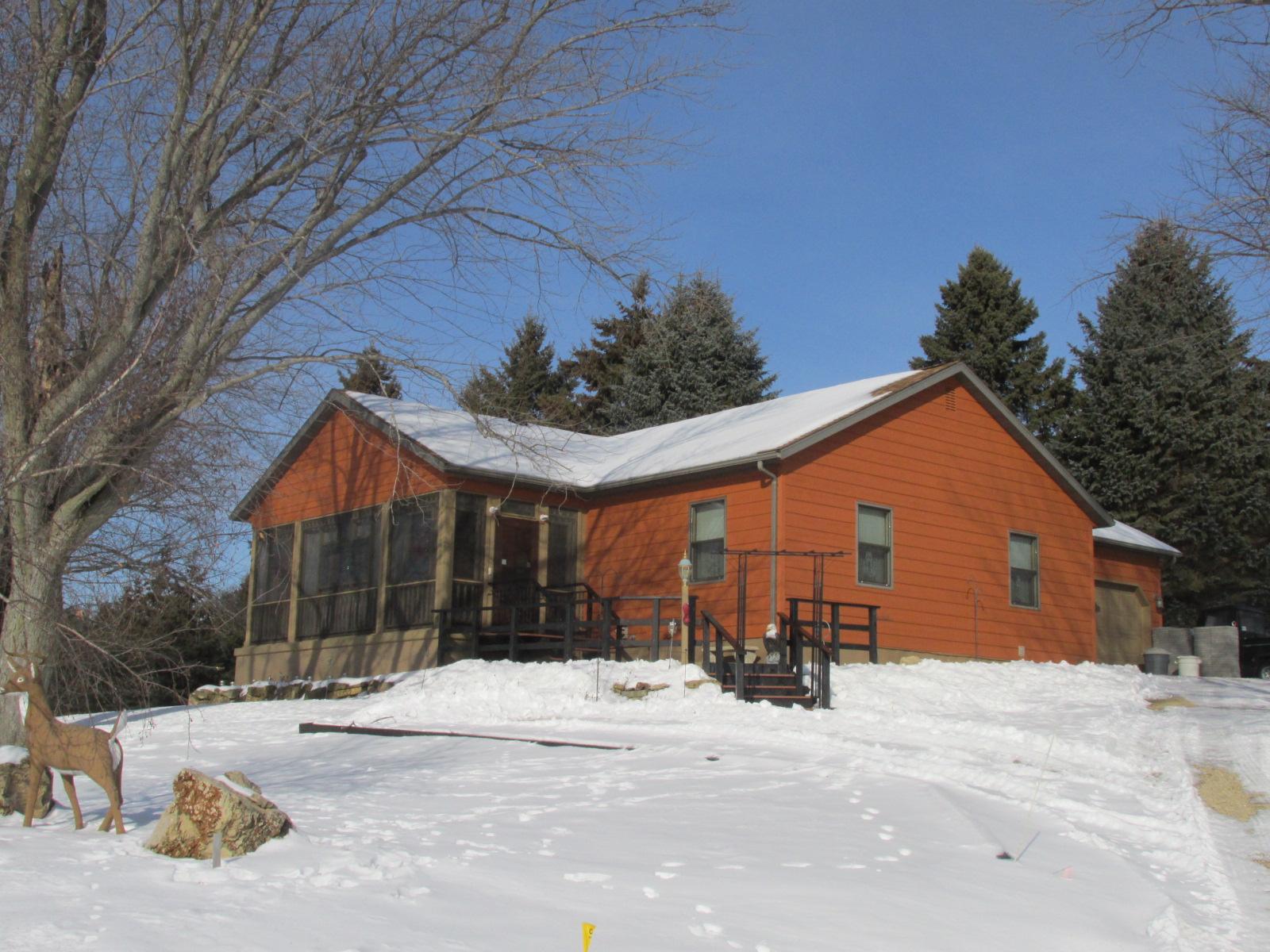 7083 Biglow Hill Rd, Avoca, Wisconsin 53506