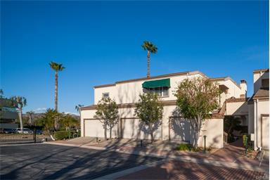 2646 N. Harbor Blvd., Fullerton, California 92835