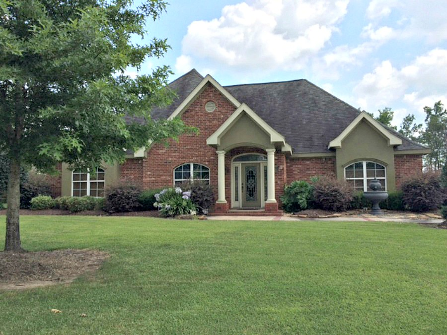 4884 W. Shoal Creek, Lake Charles, Louisiana 70605