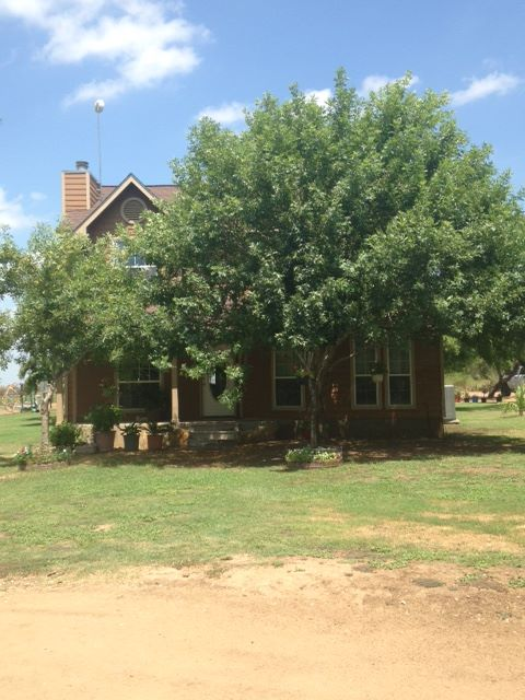 1133 State Hwy 173, Big Foot, Texas 78005