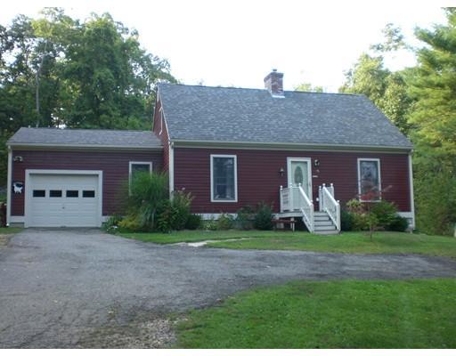 15 Town Farm Road, Brookfield, MA 01506