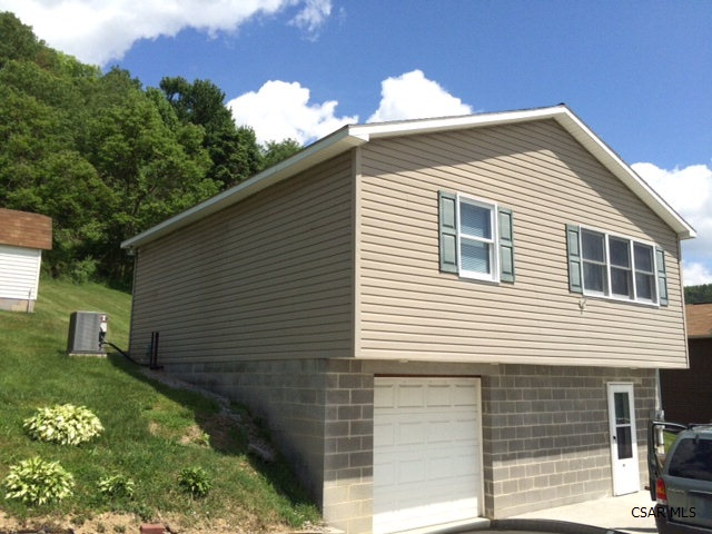201 Franklin Place, Northern Cambria, Pennsylvania 15714