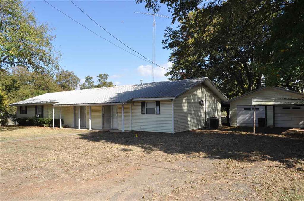 204 N. Pecan, Roxton, Texas 75477