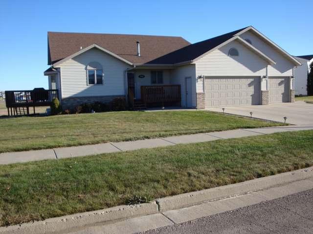 3902 Lewis Rd NW, Mandan, North Dakota 58554