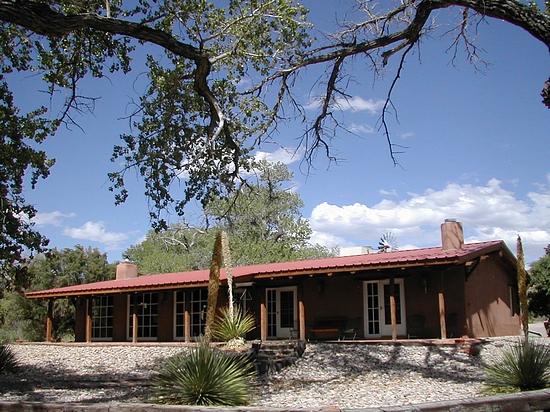 183 Gato Mountain Rd, Bent, New Mexico 88314