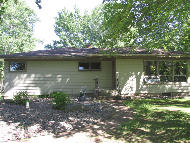 6916 S State Hwy 35, Foxboro, WI 54836