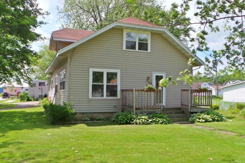 235 S Lincoln Street, Stetsonville, Wisconsin 54480