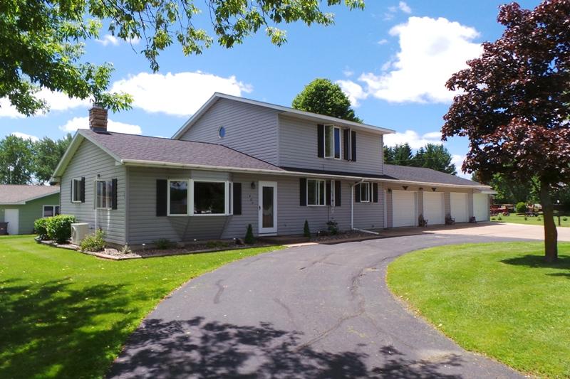 407 W Blackhawk Avenue, Stetsonville, Wisconsin 54480