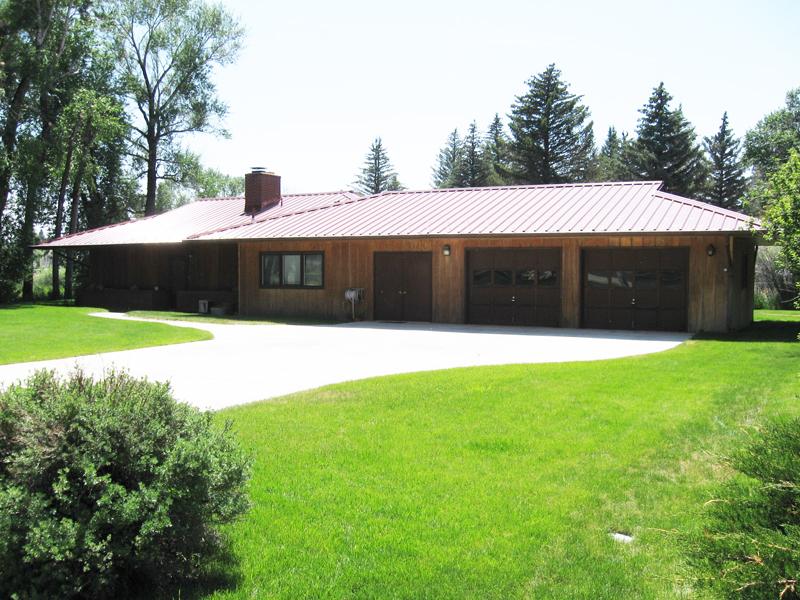 102 Rothwell, Saratoga, Wyoming 82331