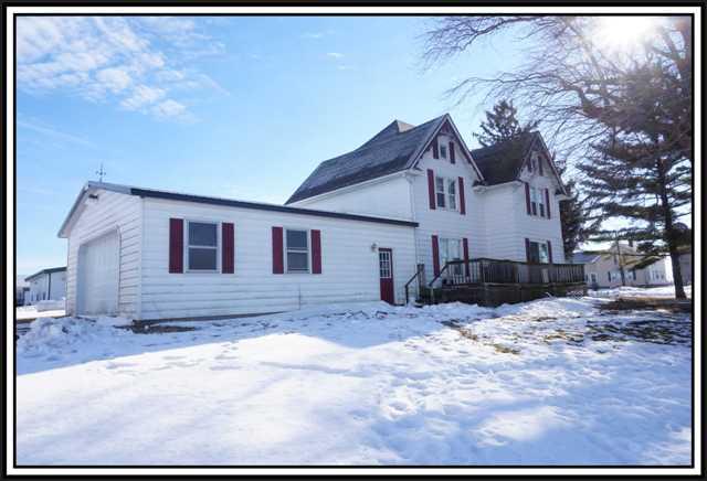 N8128 Hwy T, Bear Creek, Wisconsin 54922