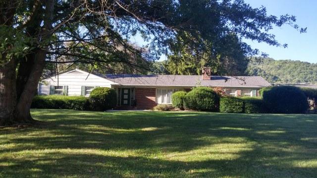 102 St. Clair Lane, Richlands, Virginia 24641
