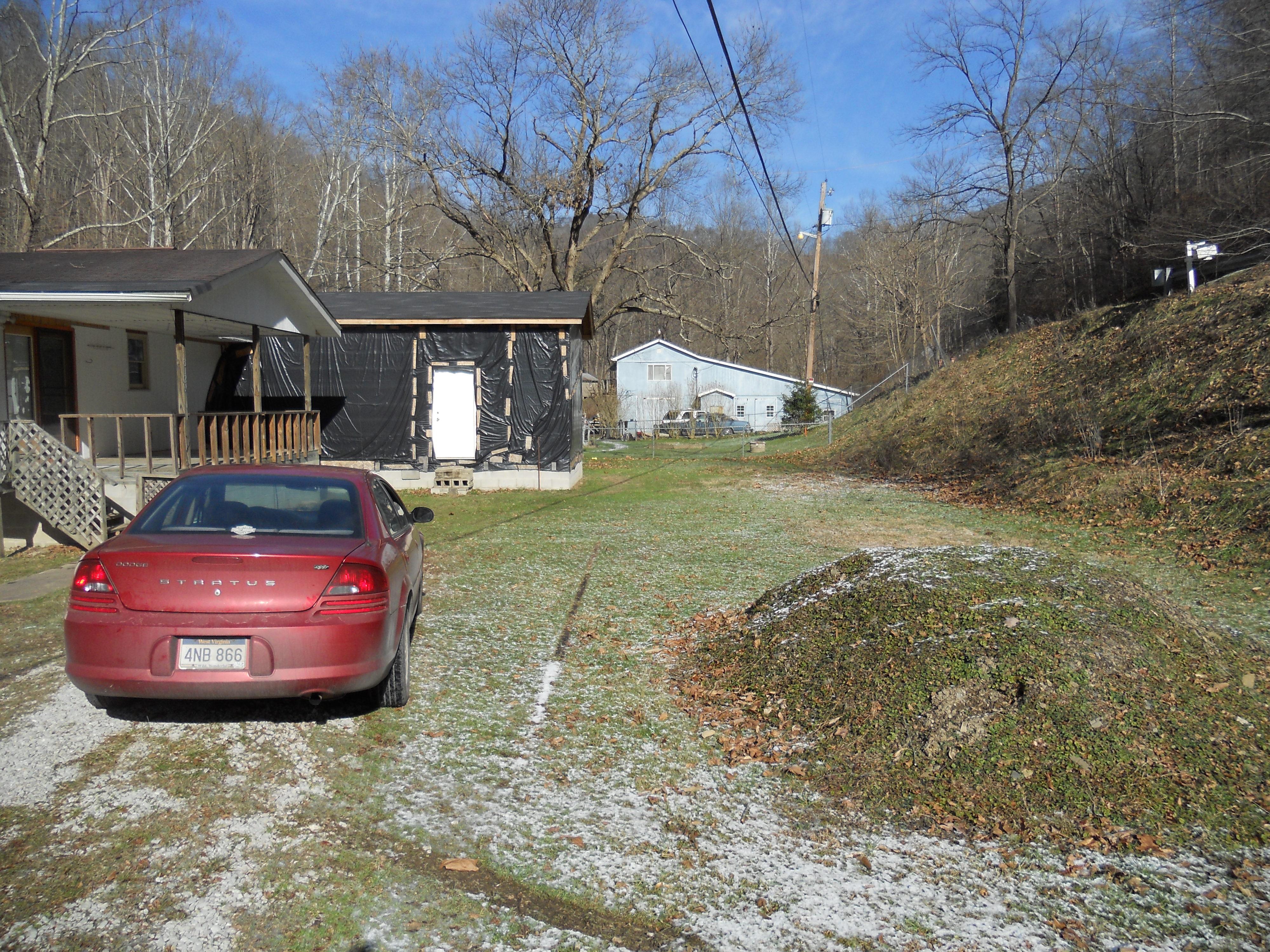 3129 Main Smokehouse Rd., Harts, West Virginia 25524