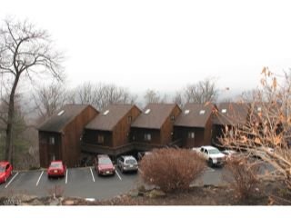 Home For Sale at 5 Steamboat Dr, Unit 3, Vernon Twp NJ