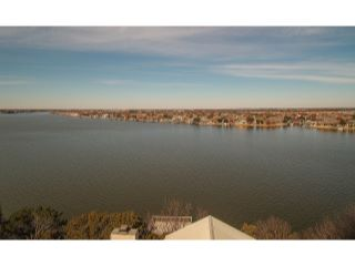 Home For Sale at 714 Rock Harbor Court, Granbury TX