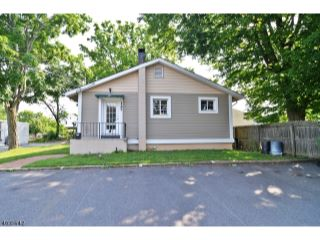 Home For Sale at 127 Maple Avenue, Hackettstown NJ