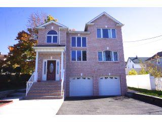 Home For Sale at 10 Jackson Pl., Lyndhurst NJ