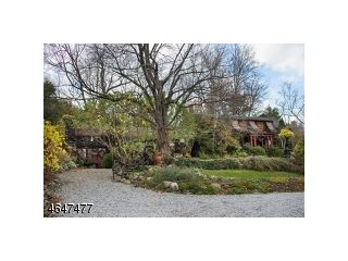 Home For Sale at 32 Possum Glen Rd, Wantage Township NJ