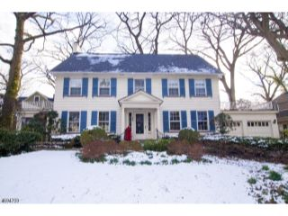 Home For Sale at 193 Rutgers Pl, Nutley NJ