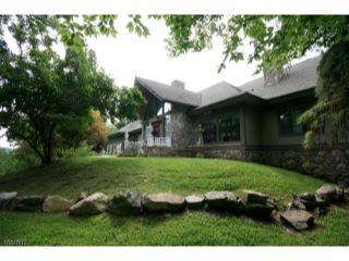 Home For Sale at 752 West Shore Dr, Kinnelon NJ