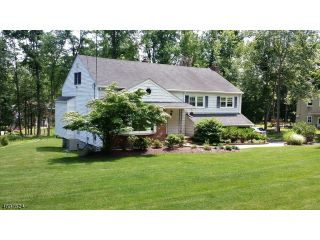 Home For Sale at 42 Radtke Rd, Randolph NJ
