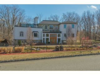 Home For Sale at 4 High Mountain Drive, Montville Twp NJ