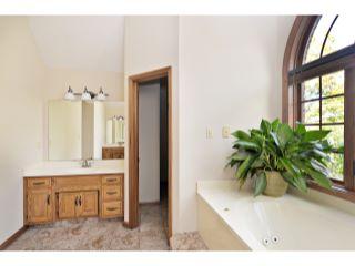 31_Master Bathroom
