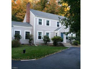 Home For Sale at 905 E Gate Road, Kinnelon NJ