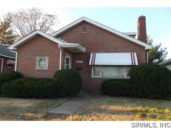 1729  Rhodes Street, Madison, IL 62060