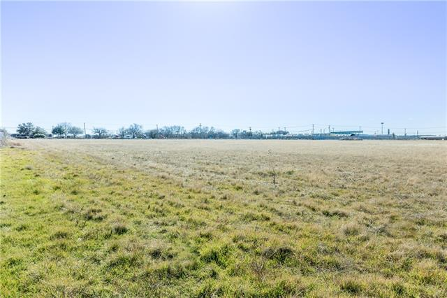 1009 S Blue Mound Road, Blue Mound, TX 76131
