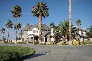 39860 W 27th Street, Palmdale, CA 93551
