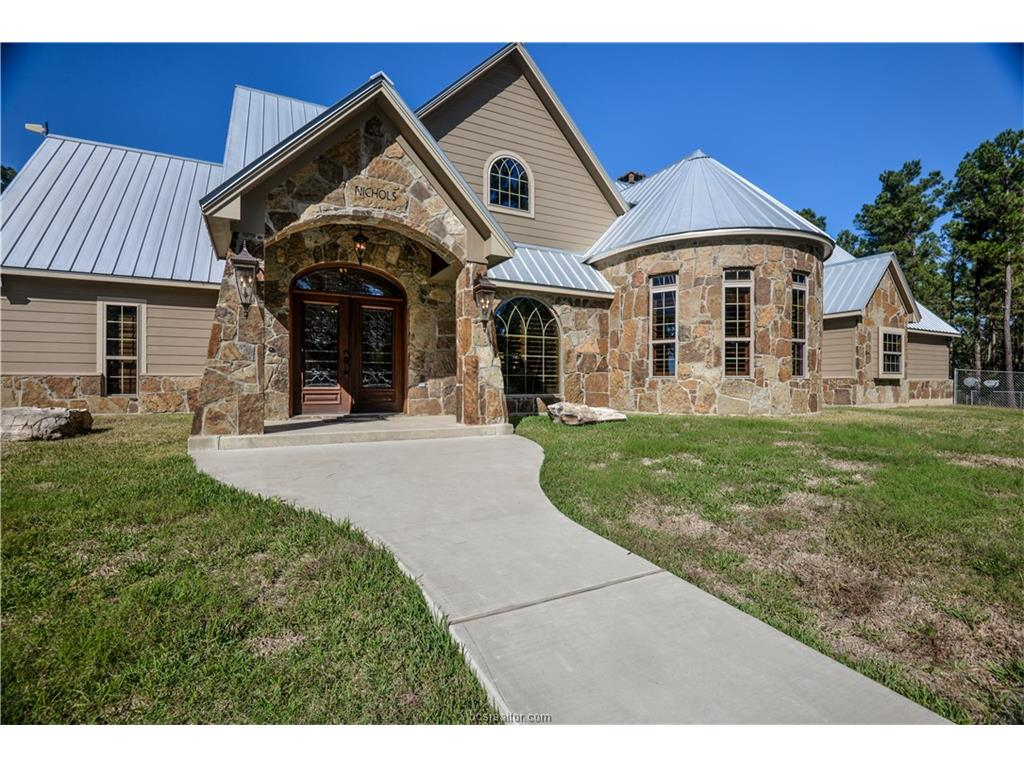 925 Moore Farm Road, Other, TX 75980