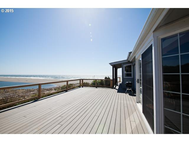 35111 HWY 101, Gold Beach, OR 97444