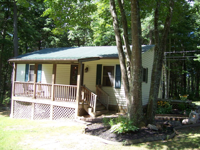 78 Woodland Road, True, WV 25979