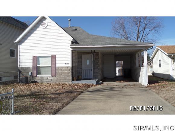 1855  EDWARDSVILLE Road, Madison, IL 62060